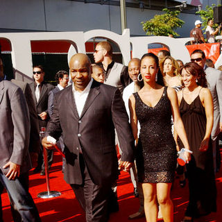 Mike Tyson, Monica Turner in 17th Annual ESPY Awards - Arrivals