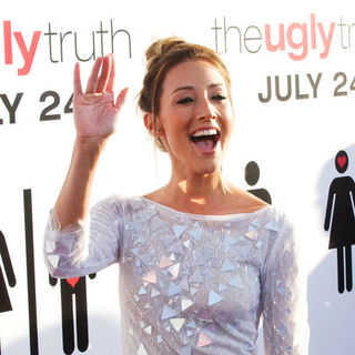 "Bree Turner in ""The Ugly Truth"" Los Angeles Premiere - Arrivals"