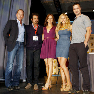 Kiefer Sutherland, Anil Kapoor, Mary Lynn Rajskub, Katee Sackhoff, Freddie Prinze Jr. in 2009 Comic Con International - Day 2