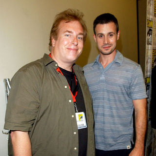David Fury, Freddie Prinze Jr. in 2009 Comic Con International - Day 2