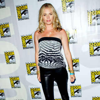 Rebecca Romijn in 2009 Comic Con International - Day 2