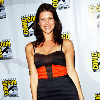 Sarah Lancaster in 2009 Comic Con International - Day 3