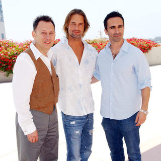 Michael Emerson, Josh Holloway, Nestor Carbonell in 2009 Comic Con International - Day 3