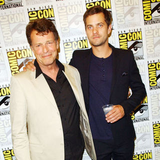 John Noble, Joshua Jackson in 2009 Comic Con International - Day 3