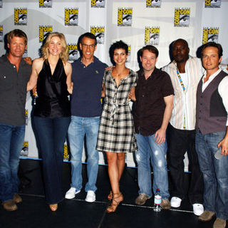 Elizabeth Mitchell, Morena Baccarin, Morris Chestnut, Joel Gretsch, Jace Hall, Scott Wolf, Jeffrey Bell in 2009 Comic Con International - Day 3