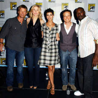 Elizabeth Mitchell, Morena Baccarin, Morris Chestnut, Scott Wolf, Joel Gretsch in 2009 Comic Con International - Day 3