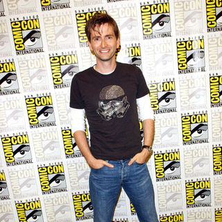 David Tennant in 2009 Comic Con International - Day 4 - ALO-078783