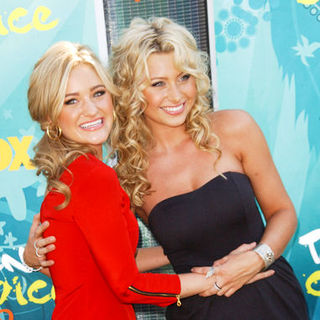 2009 Teen Choice Awards - Arrivals