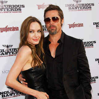 "Brad Pitt, Angelina Jolie in ""Inglourious Basterds"" Los Angeles Premiere - Arrivals"