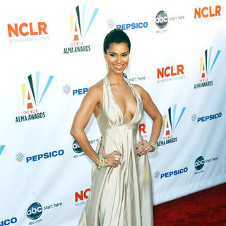 Roselyn Sanchez in 2009 NCLR ALMA Awards - Arrivals