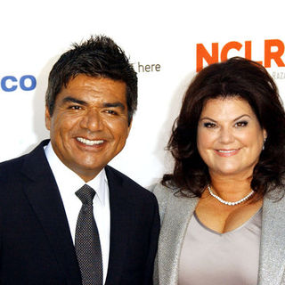 George Lopez, Ann Serrano in 2009 NCLR ALMA Awards - Arrivals