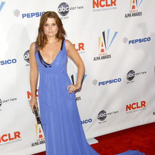 Joanna Garcia in 2009 NCLR ALMA Awards - Arrivals