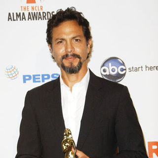 Benjamin Bratt in 2009 NCLR ALMA Awards - Press Room