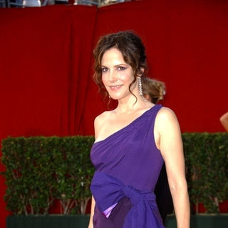 Mary-Louise Parker in The 61st Annual Primetime Emmy Awards - Arrivals - ALO-087380