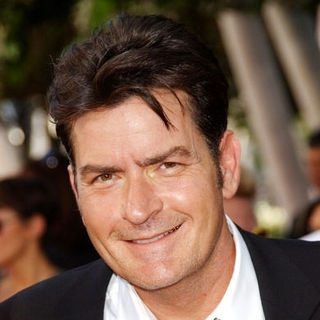 Charlie Sheen in The 61st Annual Primetime Emmy Awards - Arrivals