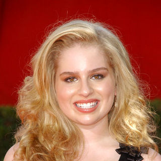 Allie Grant in The 61st Annual Primetime Emmy Awards - Arrivals