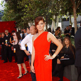 Debra Messing in The 61st Annual Primetime Emmy Awards - Arrivals