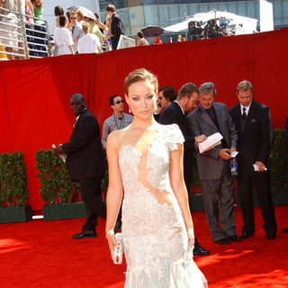 Olivia Wilde in The 61st Annual Primetime Emmy Awards - Arrivals