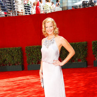 Anna Gunn in The 61st Annual Primetime Emmy Awards - Arrivals