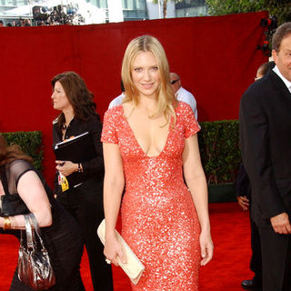 Anna Torv in The 61st Annual Primetime Emmy Awards - Arrivals