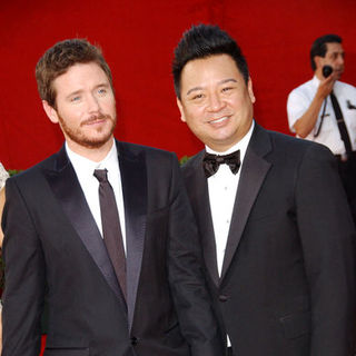 Kevin Connolly, Rex Lee in The 61st Annual Primetime Emmy Awards - Arrivals