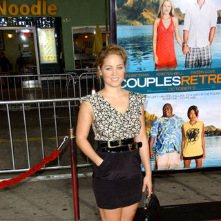 "Erika Christensen in ""Couples Retreat"" Los Angeles Premiere - Arrivals"