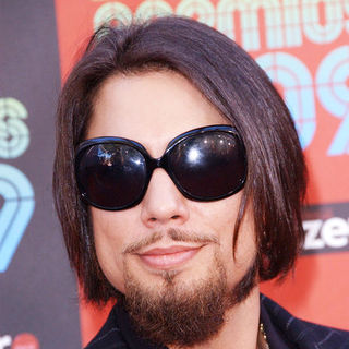Dave Navarro in 2009 MTV Latin VMAs - Arrivals