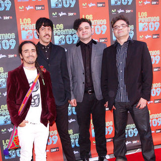 Cafe Tacuba in 2009 MTV Latin VMAs - Arrivals