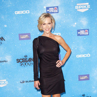 "Julie Benz in Spike TV's ""Scream 2009"" - Arrivals"