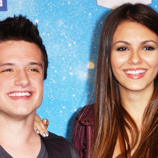 "Josh Hutcherson, Victoria Justice in Spike TV's ""Scream 2009"" - Arrivals"