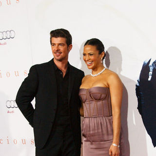 "Robin Thicke, Paula Patton in ""Precious"" Los Angeles Premiere - Arrivals"