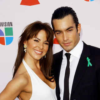 Aaron Diaz, Kate del Castillo in The 10th Annual Latin GRAMMY Awards - Arrivals