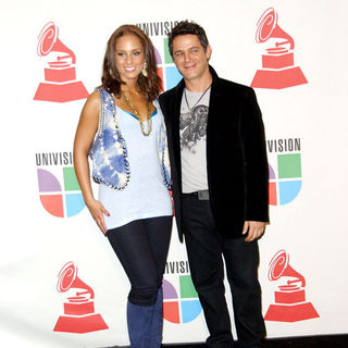 Alicia Keys, Alejandro Sanz in The 10th Annual Latin GRAMMY Awards - Press Room