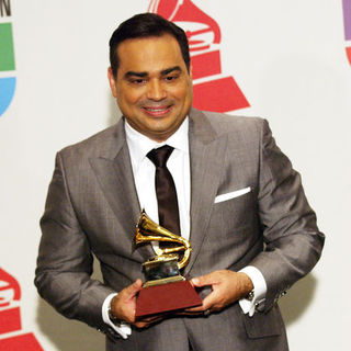 Gilberto Santa Rosa in The 10th Annual Latin GRAMMY Awards - Press Room