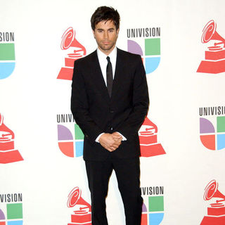 Enrique Iglesias in The 10th Annual Latin GRAMMY Awards - Press Room