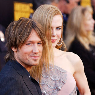 Keith Urban, Nicole Kidman in 2009 American Music Awards - Arrivals