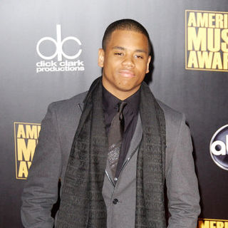 Tristan Wilds in 2009 American Music Awards - Arrivals