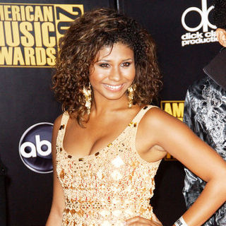 Genevieve Jackson in 2009 American Music Awards - Arrivals