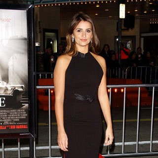 "Penelope Cruz in ""Nine"" Los Angeles Premiere - Arrivals"