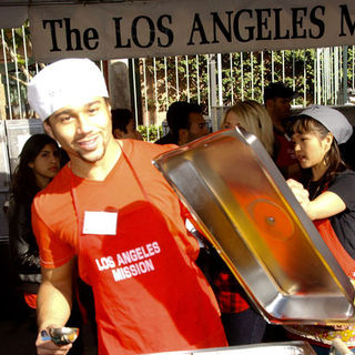 Corbin Bleu in 2009 Christmas Eve at The Los Angeles Mission