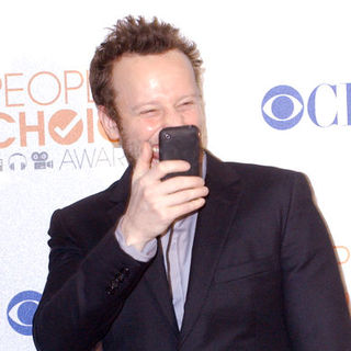 Bodhi Elfman in 36th Annual People's Choice Awards - Press Room