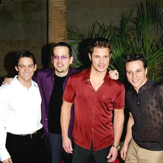98 Degrees in 2000 Billboard Music Awards