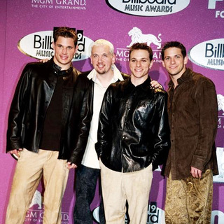 98 Degrees in 1999 Billboard Music Awards