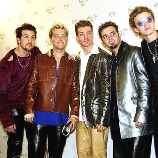 NSYNC in 27th Annual American Music Awards