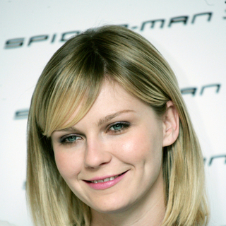 Kirsten Dunst in Spider-Man 3 Photocall in Rome, Italy