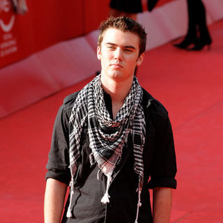 "Cameron Bright in 4th Annual Rome International Film Festival - ""The Twilight Saga's New Moon"" Premiere - Arrivals - ASG-023177"