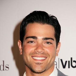 "Jesse Metcalfe in SocialVibe.com and HollyRod 4 Kids ""From One to a Million"" Campaign Kick-Off - Arrivals"