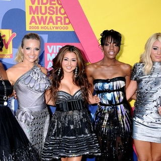 Danity Kane in 2008 MTV Video Music Awards - Arrivals