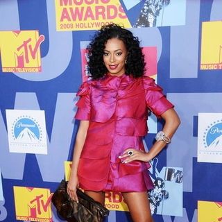 Solange Knowles in 2008 MTV Video Music Awards - Arrivals