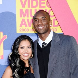 Vanessa Bryant, Kobe Bryant in 2008 MTV Video Music Awards - Arrivals